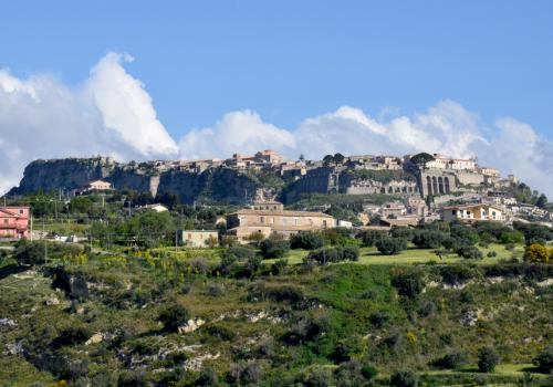 Cofres del tesoro de historia y belleza: Gerace - Locri