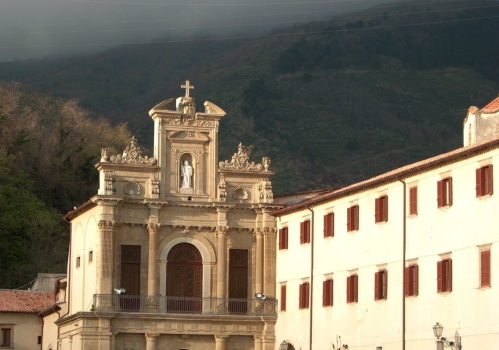 Art and religion's travel destinations: Cosenza and Paola